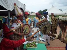 Cultural ecstasy as Ilonzo Gov. Tambuwal others bag Chieftaincy titles     By Okechukwu Onuegbu  Ilonzo exchange pleasantry with some monarchs after receiving the title  Ilonzo dancing on the occasion  Eze Emetumh and his wife Ugoeze Dr F.I Emetumah  Ilonzo and her entourage  Ilonzo Alhaji and King Emetumah  There is no gainsaying the fact that Igbo elders are wise in their saying that Ezigbo Aha kego (good name is better than money/wealth). It was on this resolve that people of Umuofor…