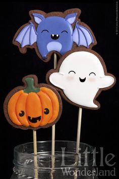 These are some cute looking Halloween biscuits! This would be a lovely little project to do with the kids. You could get our Halloween cookie cutter set to make some super spooky treats. More DIY ideas available at www.craftmill.co.uk