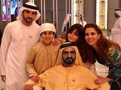 Hamdan bin Mohammed bin Rashid Al Maktoum, Mohammed bin Mansour bin Zayed Al Nahyan, Mohammed bin Rashid bin Saeed Al Maktoum, Al Jalila bint Mohammed bin Rashid Al Maktoum y Haya bint Al Hussein, DWC, 25/03/2017. Vía: HRH Princess Haya Bint Al Hussein