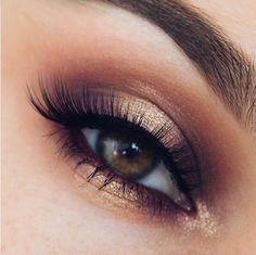 Makeup Eye Looks, Beautiful Eye Makeup, Cute Makeup, Skin Makeup, Eyeshadow Makeup, Halo Eye Makeup, Smoky Eye Makeup, Awesome Makeup, Drugstore Makeup