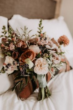This Foothills Boho Farm Wedding will make all of your Colorado wedding dreams come true! Fall Wedding Bouquets, Flower Bouquet Wedding, Autumn Wedding, Farm Wedding, Floral Wedding, Dream Wedding, Wedding Dreams, Yacht Wedding, Elopement Wedding