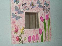 espejos http://manualidadesdemari.blogspot.com.ar/2009/04/espejos-decorados.html