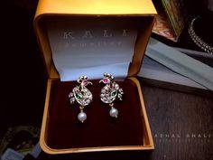Gold Jhumka Earrings, Jewelry Design Earrings, Gold Earrings Designs, Gold Jewellery Design, Diamond Earrings, Gold Earrings For Kids, Baby Earrings, Small Earrings, Kerala Jewellery