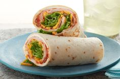 Make mealtime a cinch with these Easy Turkey-Tortilla Roll-Ups. Four ingredients are all you need when you make these Easy Turkey-Tortilla Roll-Ups. Kraft Foods, Kraft Recipes, Lunch Recipes, Dinner Recipes, Cooking Recipes, What's Cooking, Healthy Recipes, Tortillas, I Chef