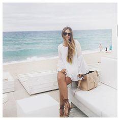 Anna Gilabert Corona: Womens Oversize Bold Frame Modern Horned Rim Fashion Sunglasses 9301