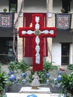 Cruces de Mayo de Granada