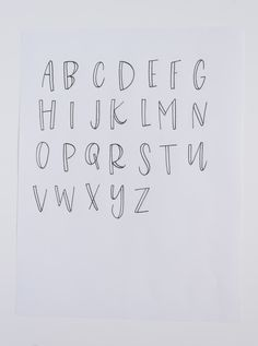 Post - Kiley in Kentucky Here, I am sharing the three tips I wish I had received when I began hand-lettering! These are 3 simple ideas that can change your outlook on lettering, and what it means to be a hobbyist vs. a lettering guru! Hand Lettering Alphabet, Brush Lettering, Cute Fonts Alphabet, Doodle Lettering, Cute Letter Fonts, Abc Font, Doodle Fonts, Cute Letters, Graffiti Alphabet