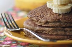 Teff Banana Pancakes - they're gluten-free, egg-free and dairy-free! Yum! (via…