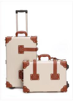 Steamline luggage (Discount code: IHOD10)