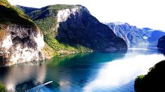 Book a Norway trip with FjordTours  Photo Paal Audestad/www.fjordtours.no