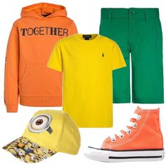 Look bambino per scuola o tempo libero. La t-shirt gialla è abbinata a felpa leggera in arancio con scritta e con cappuccio e pantalone in verde a pinocchietto. La sneaker alta è in arancio e il cappellino con visiera in giallo con stampa.