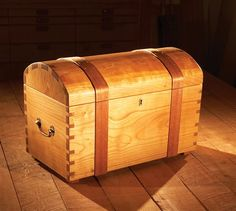 AW Extra 8/22/13 - Keepsake Trunk - Woodworking Projects - American Woodworker