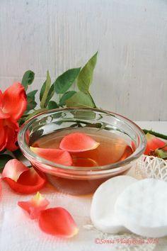 růžová pleťová voda Natural Make Up, Homemade Beauty, Punch Bowls, Detox, Food And Drink, Canning, Healthy, How To Make, Handmade