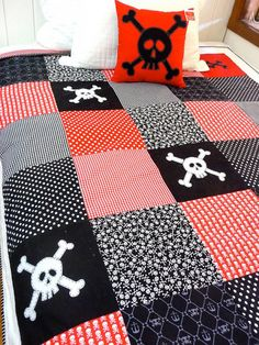 Skull Quilt Single or Twin bed by AlphabetMonkey on Etsy, $300.00