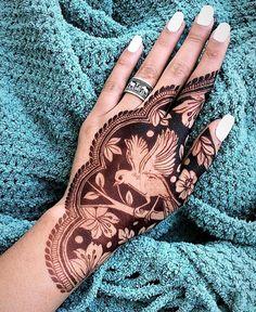 94 Easy Mehndi Designs For Your Gorgeous Henna Look Modern Mehndi Designs, Mehndi Design Pictures, Beautiful Mehndi Design, Mehndi Designs For Hands, Bridal Mehndi Designs, Mehandi Designs, Mehndi Images, Bridal Henna, Rangoli Designs