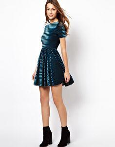 vestido de terciopelo - Buscar con Google