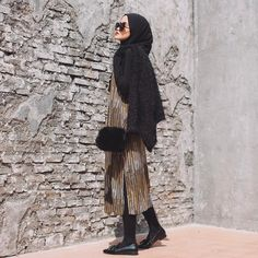 Looking for the right outfit to hit Plaza Indonesia Fashion Week 2017 march what will you be wearing? Stay tune as i unveil all you need to know about Ootd Hijab, Hijab Outfit, Indonesia Fashion Week, Modest Fashion Hijab, Instagram Feed, Normcore, Style Inspiration, Photo And Video, 25 March
