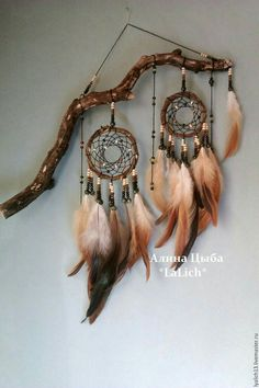 I can use my old dreamer catcher and give it a more rustic look. I can use my old dreamer catcher and give it a more rustic look. Los Dreamcatchers, Dream Catcher Craft, Dream Catchers, Dream Catcher Mobile, Small Dream Catcher, Dream Catcher Boho, Nativity Crafts, Beautiful Dream, Beautiful Pictures