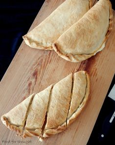 Food for thought: Τυρόπιτες Cheese Pies, Cheat Meal, Pie Recipes, Food For Thought, Sweets, Bread, Snacks, Meals, Cooking