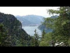 """I make Hollyday on the beautyfull Lake """"Traunsee"""" and the small Town """"Gmunden"""" in I filmed free-Hand! The Water have trinking-Water Quality, a. Water Quality, Central Europe, See It, Homeland, Small Towns, Austria, Places Ive Been, River, Country"""