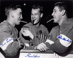 Gordie Howe (center) spent most of his career with the Detroit Red Wings, leading the team to four Stanley Cup championships. He finished his pro hockey career with goals and 21 NHL All-Star appearances. Detroit Hockey, Detroit Sports, Hockey Teams, Hockey Players, Ice Hockey, Hockey Rules, Hockey Stuff, Detroit Red Wings, Ted Lindsay