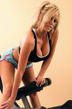 Hot Girl Working Out
