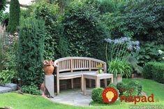 Prekrásne nápady na zelené záhradné ostrovčeky: Tieto zákutia premenia váš dvor na kúzelné miesto - sú krásne celú sezónu! Garden Guide, Garden Ideas, Side Garden, Outdoor Rooms, Fields, Photo Wall, Community, Outdoor Structures, Allotment