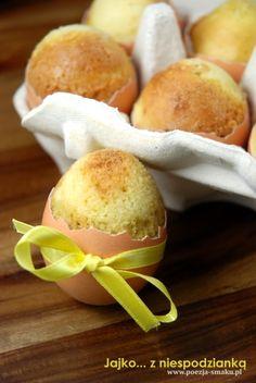 Jajko z niespodzianką, trzeba wypróbować przepis w te święta i zrobić niespodziankę rodzinie. :)