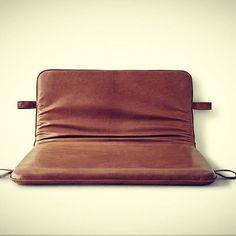 Naked #them #bythornam #danishdesign #madeindenmark #furniture #couch #daybed #headboard #shapeityourway #interiordesign #hygge #slowliving @larsranek