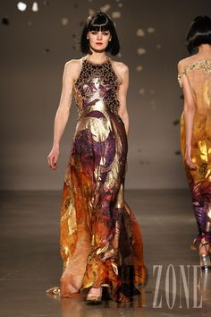 Georges Hobeika - Couture - Spring-summer 2010 - http://www.flip-zone.net/fashion/couture-1/fashion-houses/georges-hobeika-1590