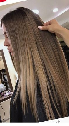 Long hair is gorgeous - StepUpLadies net Long hair is gorgeous - , Dark Blonde Hair Color, Hair Color Shades, Blonde Hair With Highlights, Brown Blonde Hair, Light Brown Hair, Light Hair, Brown Hair Colors, Brunette Hair, From Brunette To Blonde