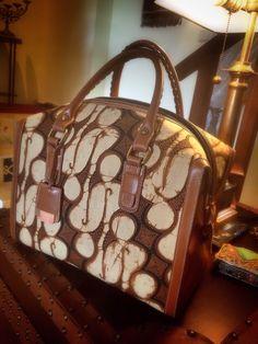 Really love this TERNATE Bowling Bag in vintage Batik Sogan Classic in Parang Barong Pattern by PRibuMI...®