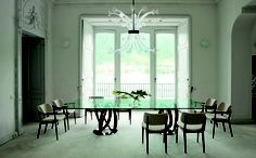 Infinity dining table with double bases