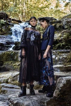 Danilo-HesspMojeh-Magazine-Natalia-Sirotina-Regan-Kemper- (1).jpg