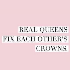 Fix someone else's crown Friday  #happyfriday @teachlikeagirl