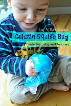 Gelatin squish bags are the perfect sensory bag for babies because the contents are edible and safe. Baby will love playing with this edible sensory bag - Stay At Home Educator Edible Sensory Play, Sensory Bags, Baby Sensory, Sensory Activities, Infant Activities, Activities For Kids, Sensory Motor, Sensory Table, Sensory Bottles