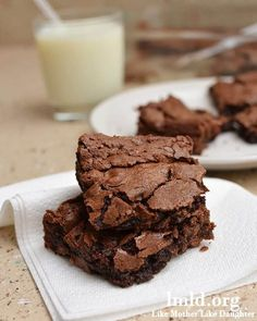 These double chocolate brownies are the best brownie you will ever have. They are full of chocolate chips giving them an extra rich chocolate flavor!