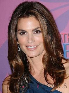 Cindy Crawford Medium, Romantic, Brunette Hairstyle with Highlights My Hairstyle, Pretty Hairstyles, Wig Hairstyles, Brunette Hairstyles, Hairstyle Ideas, Haircuts, Remy Hair Wigs, Human Hair Wigs, Long Wavy Hair