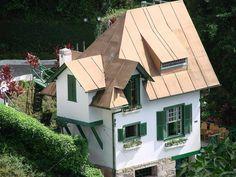 A Encantada - Casa de Santos Dumont - by Rodrigo Dias