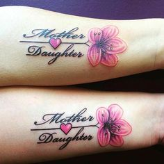 Mother Daughter Side Arm Tattoos - Best Matching Mother Daughter Tattoos: Cute Mother Daughter Tattoo Designs and Meaningful Ideas s sforwomen ideas designs Mum And Daughter Tattoo, Tattoo For Son, Mother Daughter Tattoos, Tattoos For Daughters, Sister Tattoos, Mother Daughters, Mom Daughter, Family Tattoos, Couple Tattoos