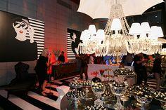 Dudu Vasconcelos assina o lounge Fhits no evento Salão Casamoda