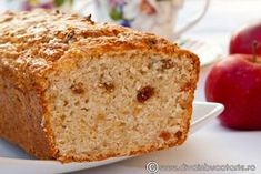 CHEC DE POST CU MERE RASE SI STAFIDE | Diva in bucatarie No Cook Desserts, Delicious Desserts, Mom Birthday Crafts, 90th Birthday, Birthday Gifts, Vegetarian Recipes, Cooking Recipes, Loaf Cake, Foods To Eat