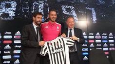 Juve Defender Bonucci Signs New Contract Until 2020   RubyNet