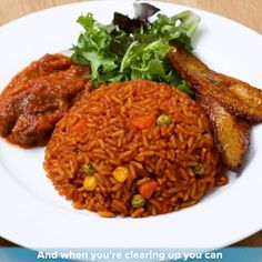 Ghanaian Jollof Rice By Tei Hammond Recipe by Tasty - Cathy Mpudi - African Food Ghanaian Food, Nigerian Food, Jollof Rice Nigerian, Rice Recipes, Soup Recipes, Cooking Recipes, Cooking Bacon, Cooking Oil, Riz Jollof
