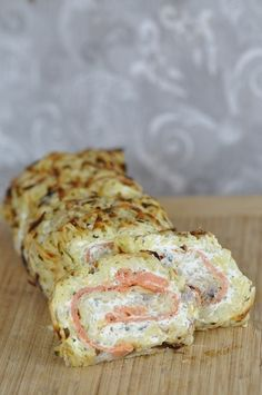 The potato roll is a great classic at home, I decline it with potatoes, sometimes added to carrots or zucchini and I slip inside anything I can find as fondant and odor like … Cooking Time, Cooking Recipes, Healthy Recipes, Food Porn, No Salt Recipes, Finger Foods, Food Inspiration, Love Food, Food And Drink