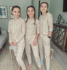 Tag your sibling in comments below with your fav thing about them! Brooklyn And Bailey Instagram, Bailey Mcknight, Veronica Merrell, National Sibling Day, Triplets, Siblings, Twins, Sisters Forever, Cute Comfy Outfits