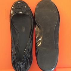 Tory burch black patent flat. Size 11 A little wear  and tear. Purchased from Bloomingdales. Price reflects condition. Tory Burch Shoes Flats & Loafers