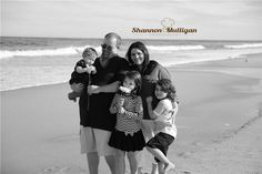 Family Photography - Beach Session - Shannon Mulligan Photography #shanmullphoto