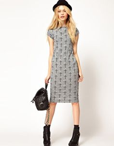 Flattering grey jersey cross print River Island dress, originally £22, picked up for a fiver.