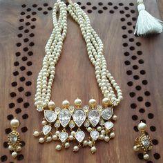 Photo from aatmanindia Pearl Jewelry, Gold Jewelry, Beaded Jewelry, Pearl Necklace, Beaded Necklace, Antique Jewelry, Necklaces, Indian Necklace, Indian Jewelry